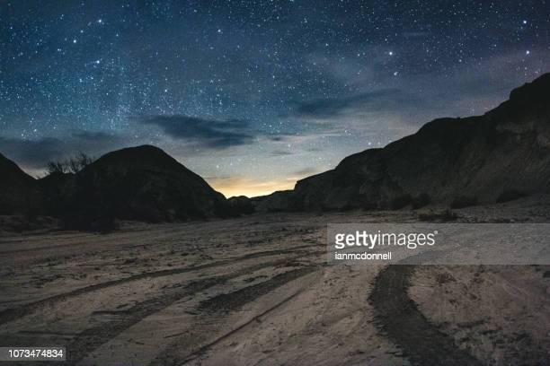 desert stars - dirt track stock pictures, royalty-free photos & images