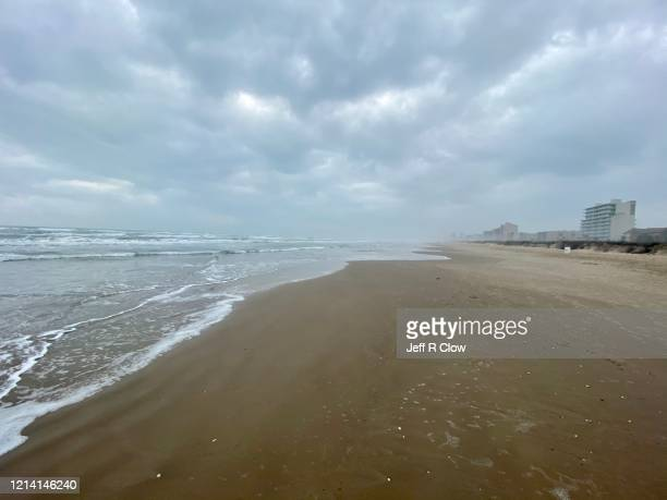 deserted beach on south padre island - south padre island stock pictures, royalty-free photos & images