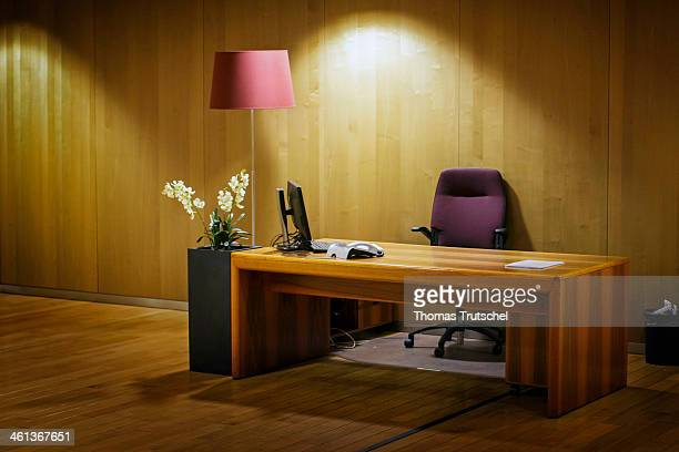 Deserted desk on January 06 in Brussels Belgium Photo by Thomas Trutschel/Photothek via Getty Images