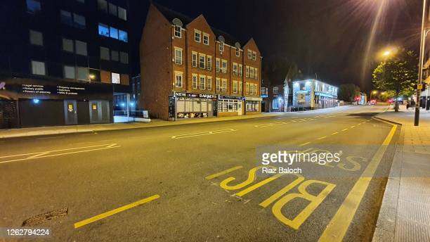 deserted road at midnight - norfolk england stock pictures, royalty-free photos & images