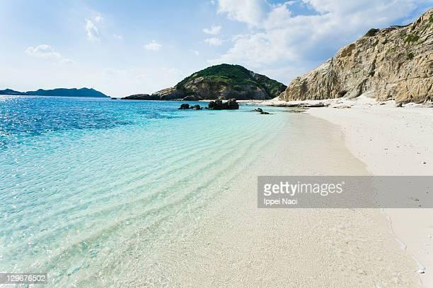 Deserted tropical island in coral lagoon, Okinawa