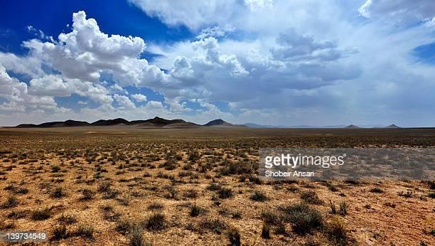 deserts of iran - isfahan stock-fotos und bilder
