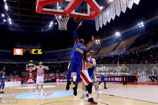 Deshaun Thomas #1 of Maccabi Fox Tel Aviv in action during the 2017/2018 Turkish Airlines EuroLeague Regular Season Round 18 game between Olympiacos...