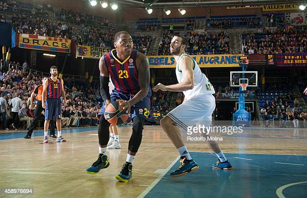 Deshaun Thomas #23 of FC Barcelona in action during the 20142015 Turkish Airlines Euroleague Basketball Regular Season Date 5 game between FC...