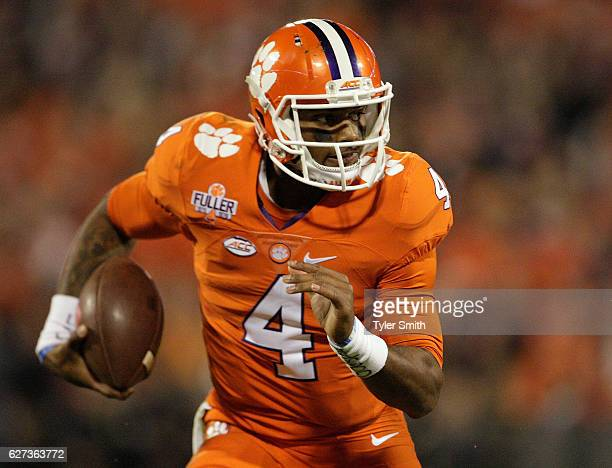 Deshaun Watson of the Clemson Tigers rushes the ball during the game against the South Carolina Gamecocks at Memorial Stadium on November 26, 2016 in...