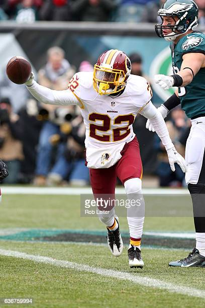 Deshazor Everett of the Washington Redskins celebrates an interception during the game against the Philadelphia Eagles at Lincoln Financial Field on...