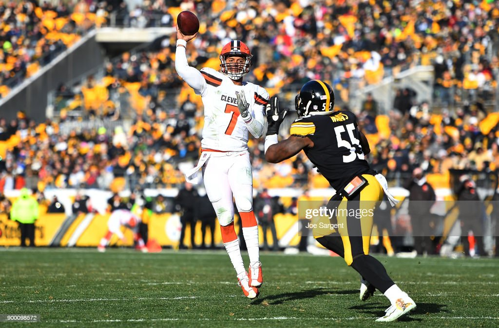 DeShone Kizer #7 of the Cleveland Browns attempts a pass under pressure from Arthur Moats #55 of the Pittsburgh Steelers in the second quarter during the game at Heinz Field on December 31, 2017 in Pittsburgh, Pennsylvania.