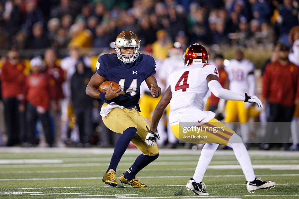 DeShone Kizer #14 of the Notre Dame Fighting Irish runs the ball against the USC Trojans in the first half of the game at Notre Dame Stadium on October 17, 2015 in South Bend, Indiana.