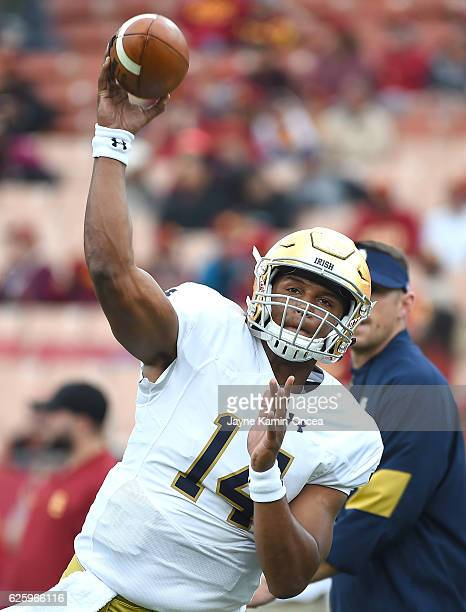 DeShone Kizer of the Notre Dame Fighting Irish warms up before the game against the USC Trojans at the Los Angeles Memorial Coliseum on November 26...