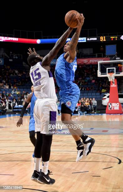 Desi Rodriguez of the Agua Caliente Clippers of Ontario goes to the basket against Daniel Ochefu of the Stockton Kings on January 19 2019 at Citizens...