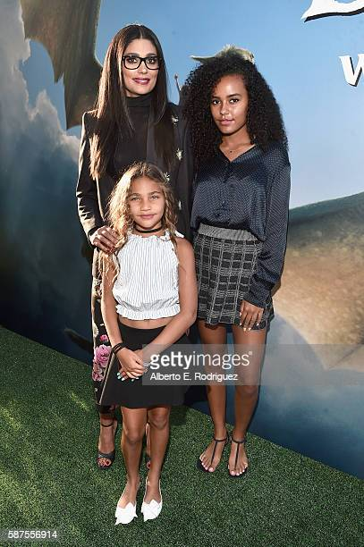 Desiger Rachel Roy Ava Dash and Tallulah Ruth Dash arrive at the world premiere of Disney's 'PETE'S DRAGON' at the El Capitan Theater in Hollywood on...