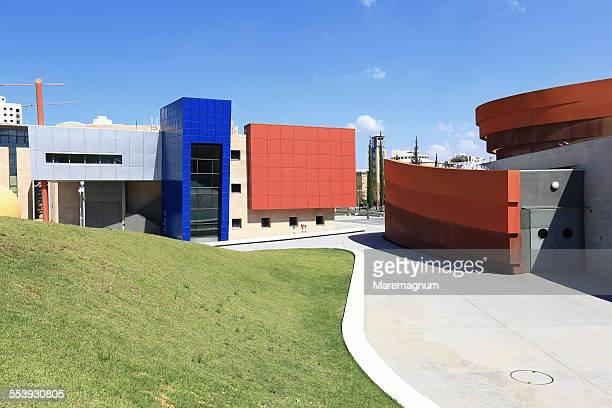 design museum holon, ron arad architects - デザイン博物館 ストックフォトと画像