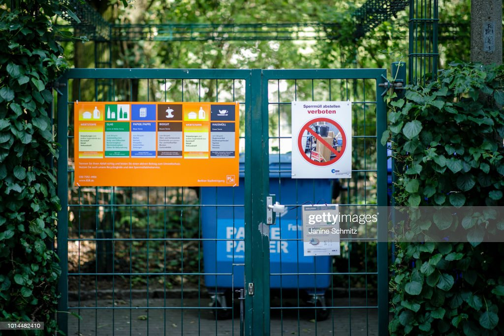 waste disposal : News Photo