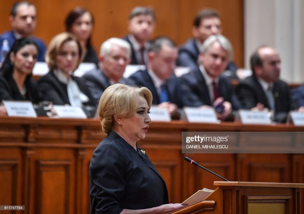 Designated Prime Minister Viorica Dancila adresses the Romanian Parliament assembly during the investment vote session, in Bucharest on January 29, 2018. / AFP PHOTO / Daniel MIHAILESCU