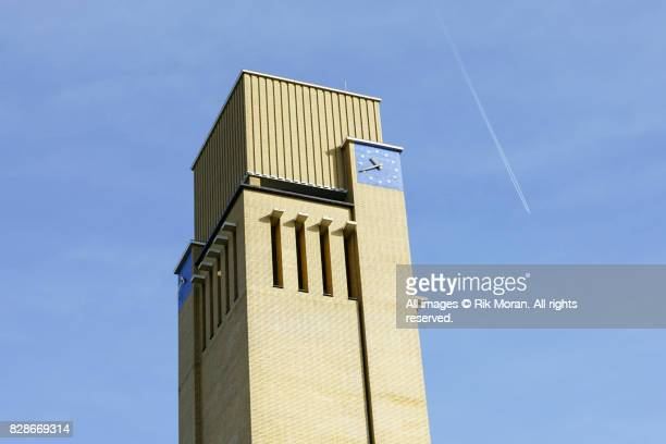 hilversum town hall, hilversum, 1928 - 1931. designed 1924. - 1931 stock pictures, royalty-free photos & images