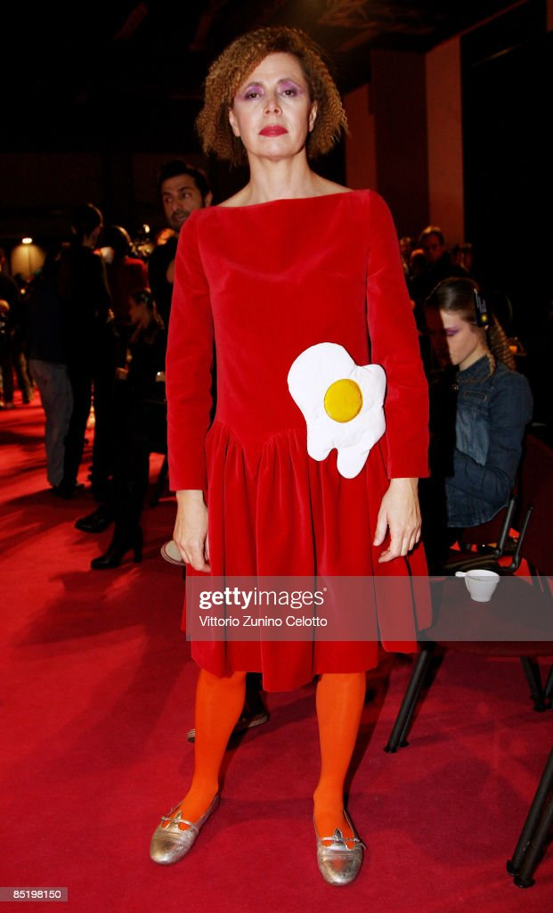 Aghata Ruiz De La Prada: Milan Fashion Week Womenswear A/W ...