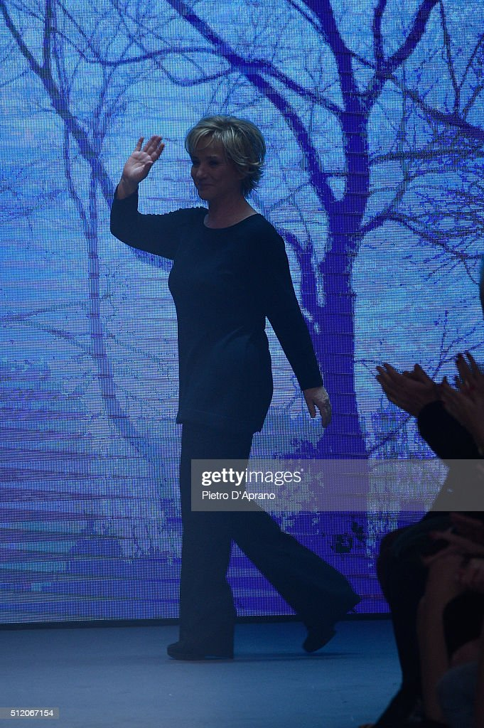 Alberta Ferretti - Runway - Milan Fashion Week  FW16 : News Photo