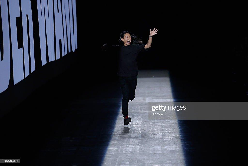 Alexander Wang - Runway - Spring 2016 New York Fashion Week