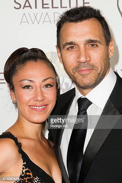 Designer Alexandra Tonelli and actor Adrian Paul arrive at the International Press Academy Satellite Awards at InterContinental Hotel on February 23...