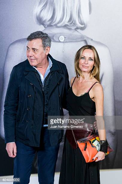 Designer Angel Schlesser and Sharon Corr attend the 'LOEWE Past Present Future' inauguration exhibition at Jardin Botanico on November 17 2016 in...