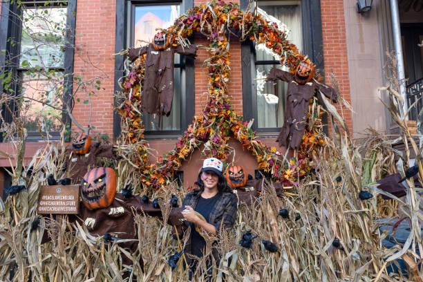 NY: New York City Decorates For Halloween 2021