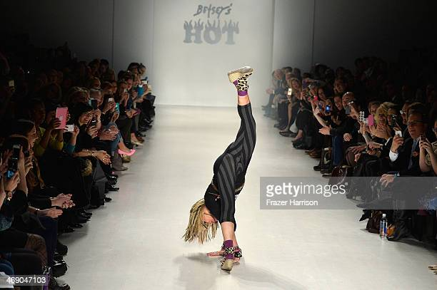 29 Betsey Johnson Cartwheel Photos And Premium High Res Pictures Getty Images