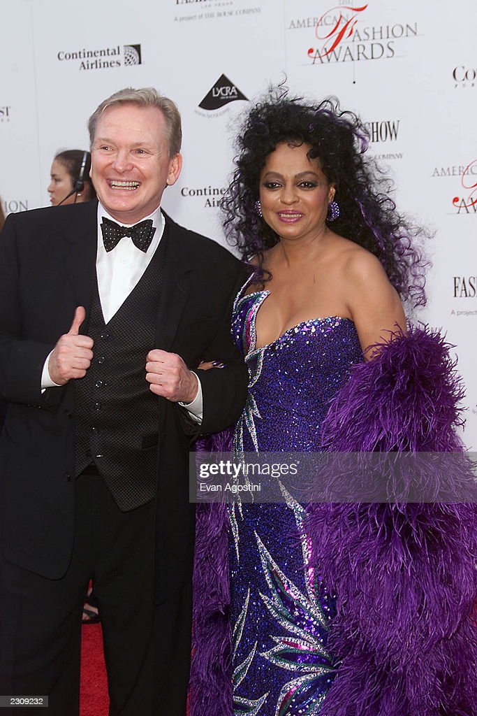 https://media.gettyimages.com/photos/designer-bob-mackie-with-diana-ross-at-the-20th-annual-american-at-picture-id2309232
