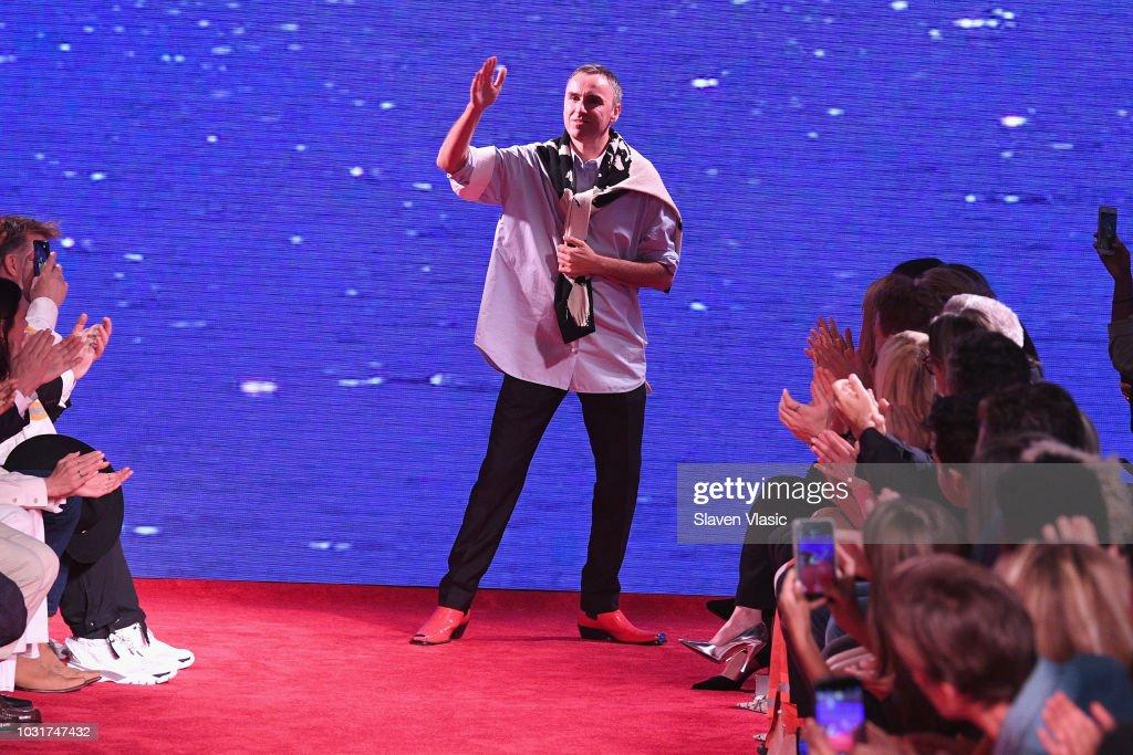 NY: Calvin Klein Collection - Runway - September 2018 - New York Fashion Week