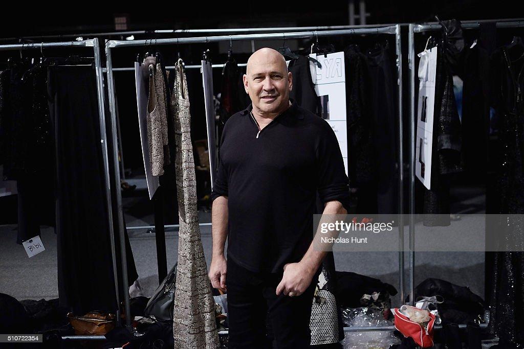 Carmen Marc Valvo F/W 2016 - Backstage