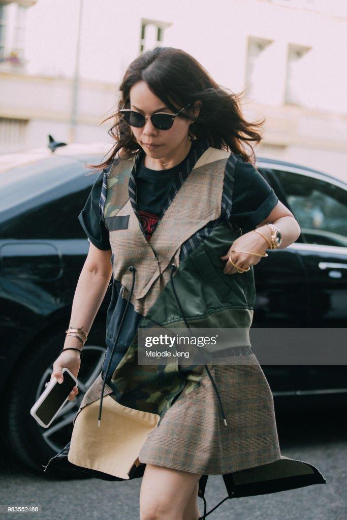 Street Style -Paris Fashion Week - Menswear Spring-Summer 2019 : Day Six : ニュース写真