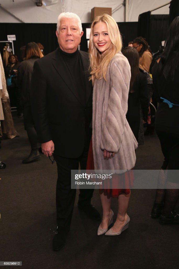 Dennis Basso - Backstage - February 2017 - New York Fashion Week: The Shows : News Photo