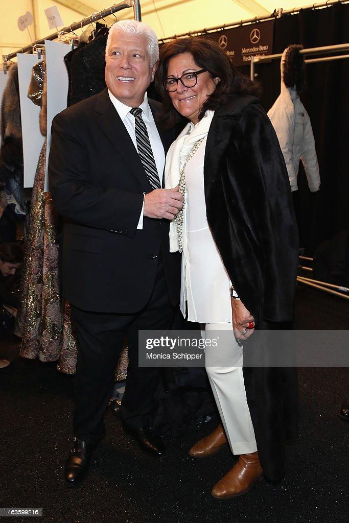 Dennis Basso - Backstage - Mercedes-Benz Fashion Week Fall 2015 : News Photo