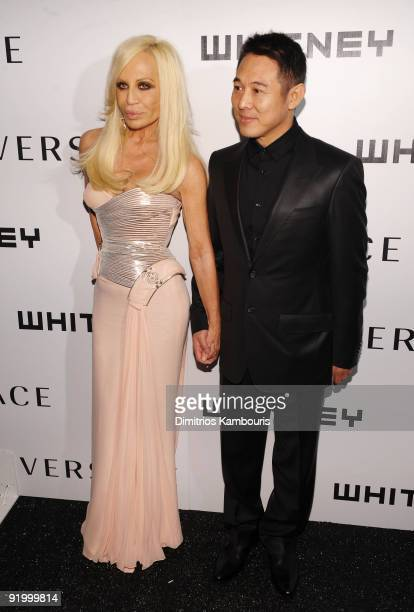 Designer Donatella Versace and actor Jet Li attend the 2009 Whitney Museum Gala at The Whitney Museum of American Art on October 19, 2009 in New York...