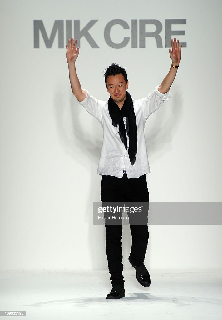 Mercedes-Benz Fashion Week Fall 2011 - Official Coverage - Best Of Runway Day 3
