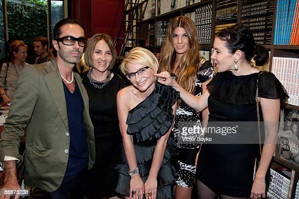 Designer Giambattista Valli L'Officiel's MarieJose SusskindJalou writer Evelina Khromtchenko Bianca Brandolini d'Adda and Vanessa Bellujean attend a...
