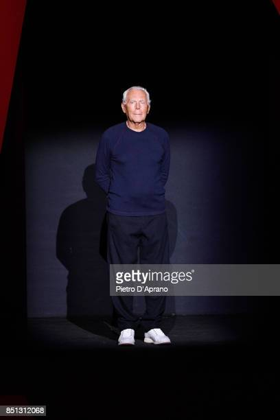 Designer Giorgio Armani acknowledges the applause of the audience after his show show during Milan Fashion Week Spring/Summer 2018 on September 22...