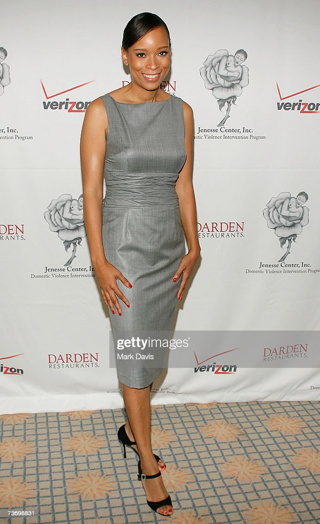 Designer Jayneoni Moore Attends The Jenesse Center Silver Rose Gala News Photo Getty Images