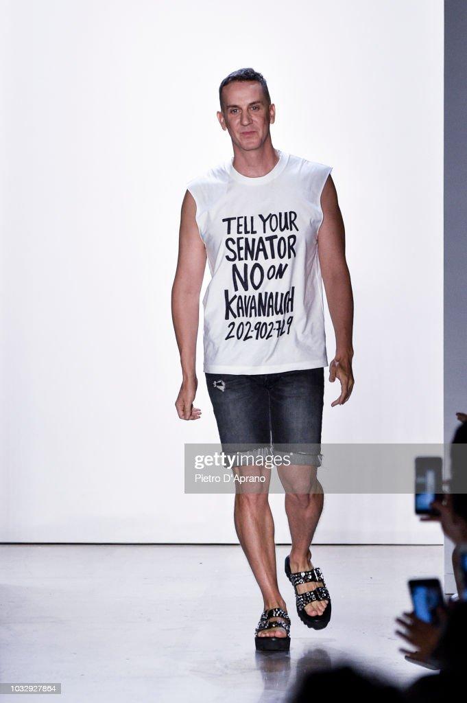 Jeremy Scott - September 2018 - New York Fashion Week : News Photo