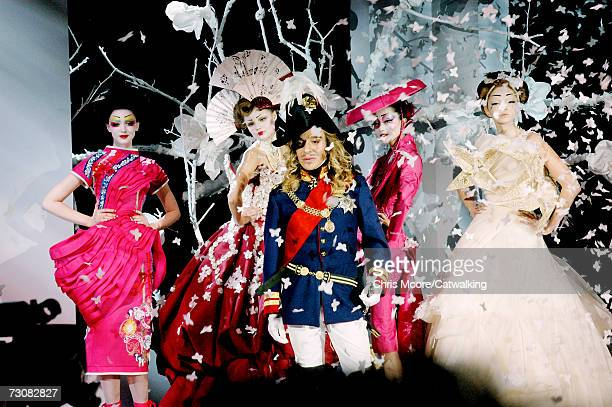 Designer John Galliano aknowledges the applause of the audience after the Christian Dior fashion show as part of Spring / Summer 2007 Haute Couture...