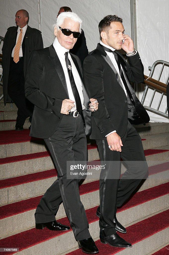 Designer Karl Lagerfeld leaving The Metropolitan Museum of Art's Costume Institute Gala May 07, 2007 in New York City.