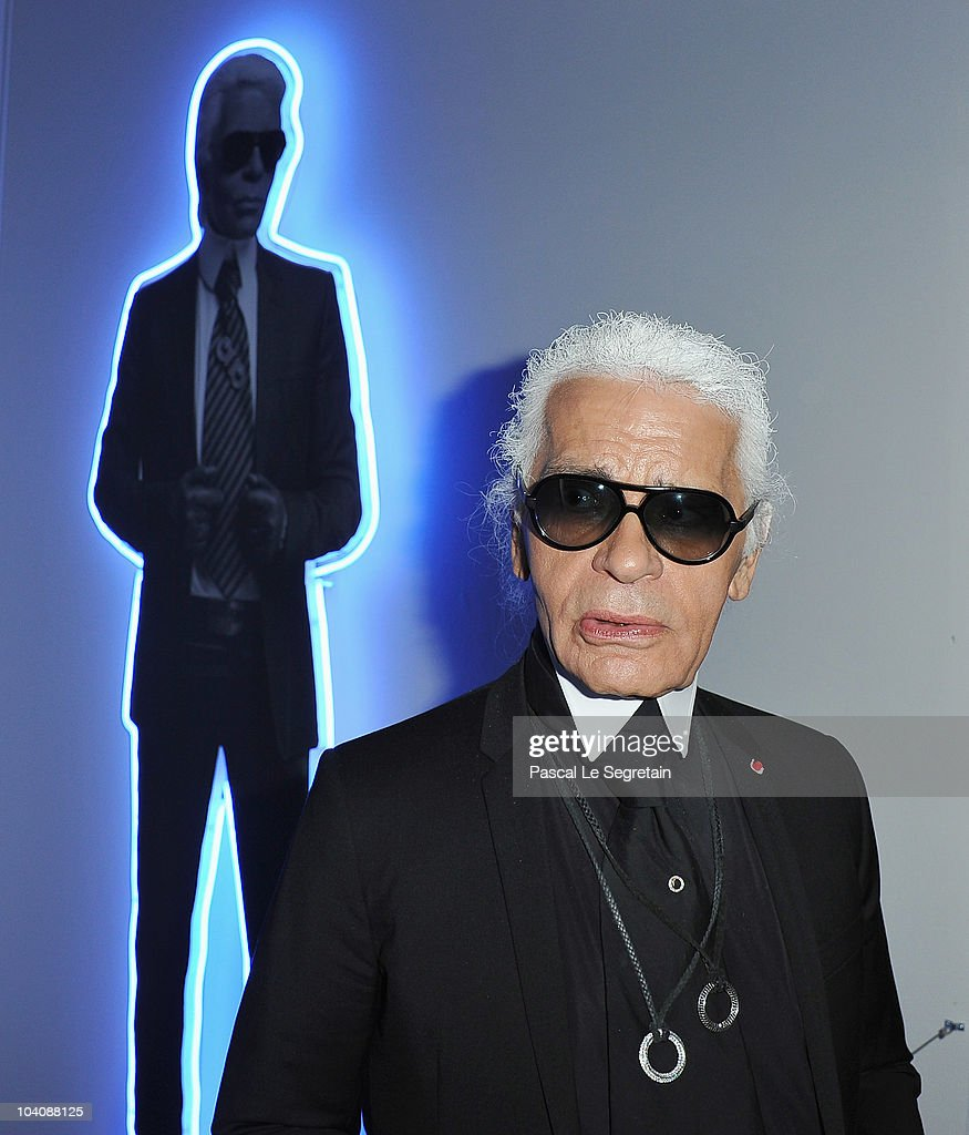 UNS: Fashion Designer Karl Lagerfeld Dies At 85