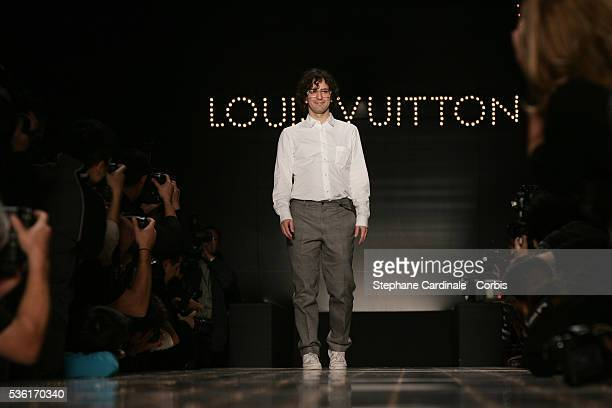 Designer Marc Jacobs on the catwalk at the Louis Vuitton SpringSummer 2005 readytowear fashion collection during the Paris Fashion Week