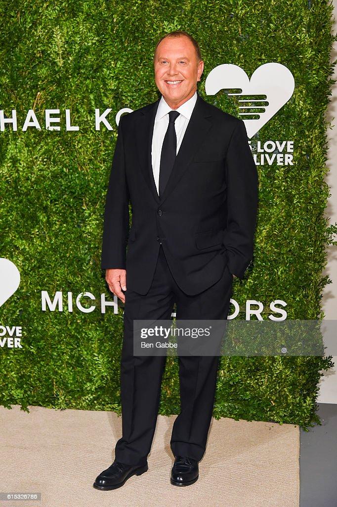 Designer Michael Kors attends the 2016 God's Love We Deliver Golden Heart Awards Dinner at Spring Studios on October 17, 2016 in New York City.