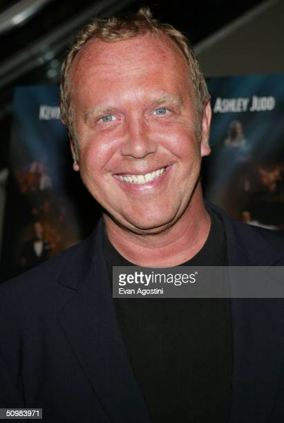 "Designer Michael Kors attends the New York Premiere of ""De-Lovely"" at the Loews Lincoln Square June 21, 2004 in New York City."