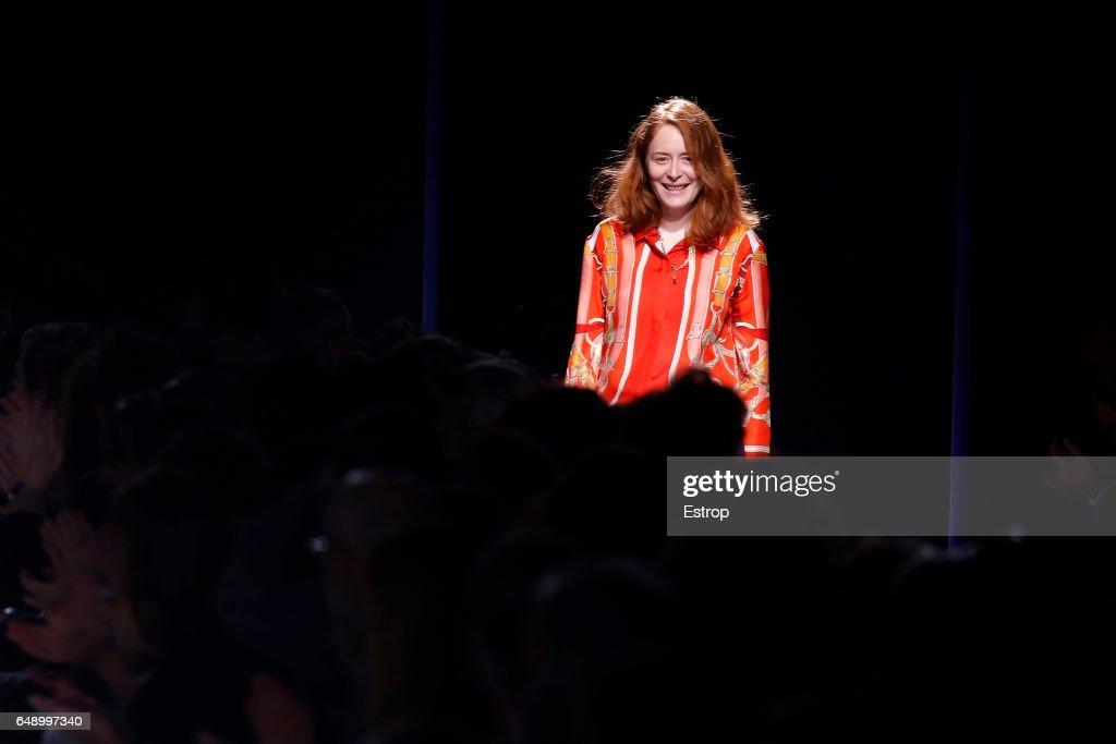 Hermes : Runway - Paris Fashion Week Womenswear Fall/Winter 2017/2018 : ニュース写真