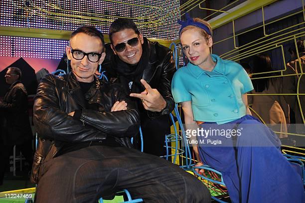 designer Neil Barrett DJ Sergio Cerruti and DJ Natasha Slater attend the Benedict Radcliffe wireframe design installation inspired by Range Rover...
