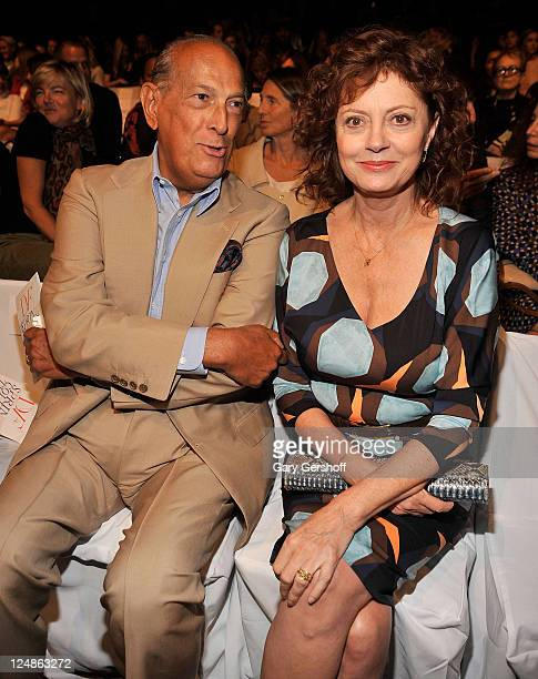 Designer Oscar de la Renta and actress Susan Sarandon attend the Diane Von Furstenberg Spring 2012 fashion show during MercedesBenz Fashion Week at...