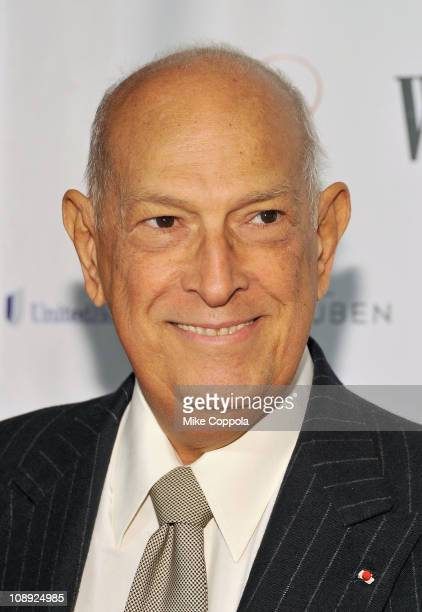 Designer Oscar de la Renta attends the Woman's Day 8th Annual Red Dress awards at Jazz at Lincoln Center on February 8 2011 in New York City