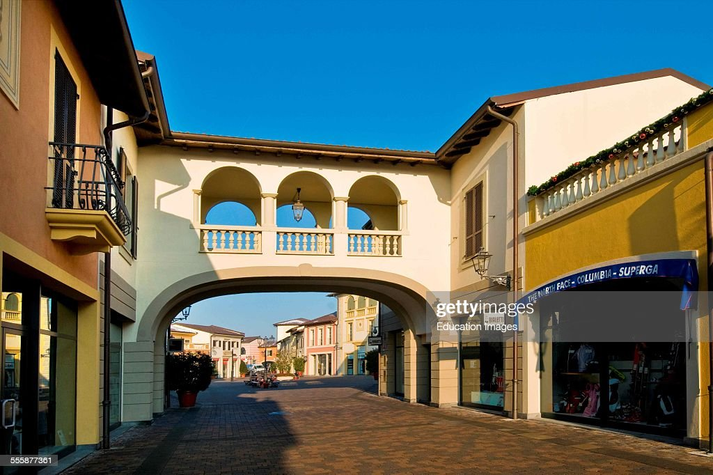 new product 4a7bc 10064 Designer Outlet, Serravalle Scrivia, Alessandria Province ...
