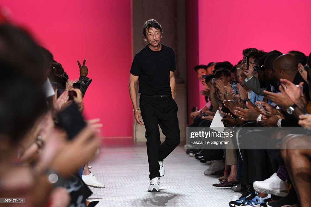 Valentino : Runway - Paris Fashion Week - Menswear Spring/Summer 2019
